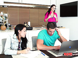 Tall and sexy long haired MILF Bianca Breeze loves threeway encounters